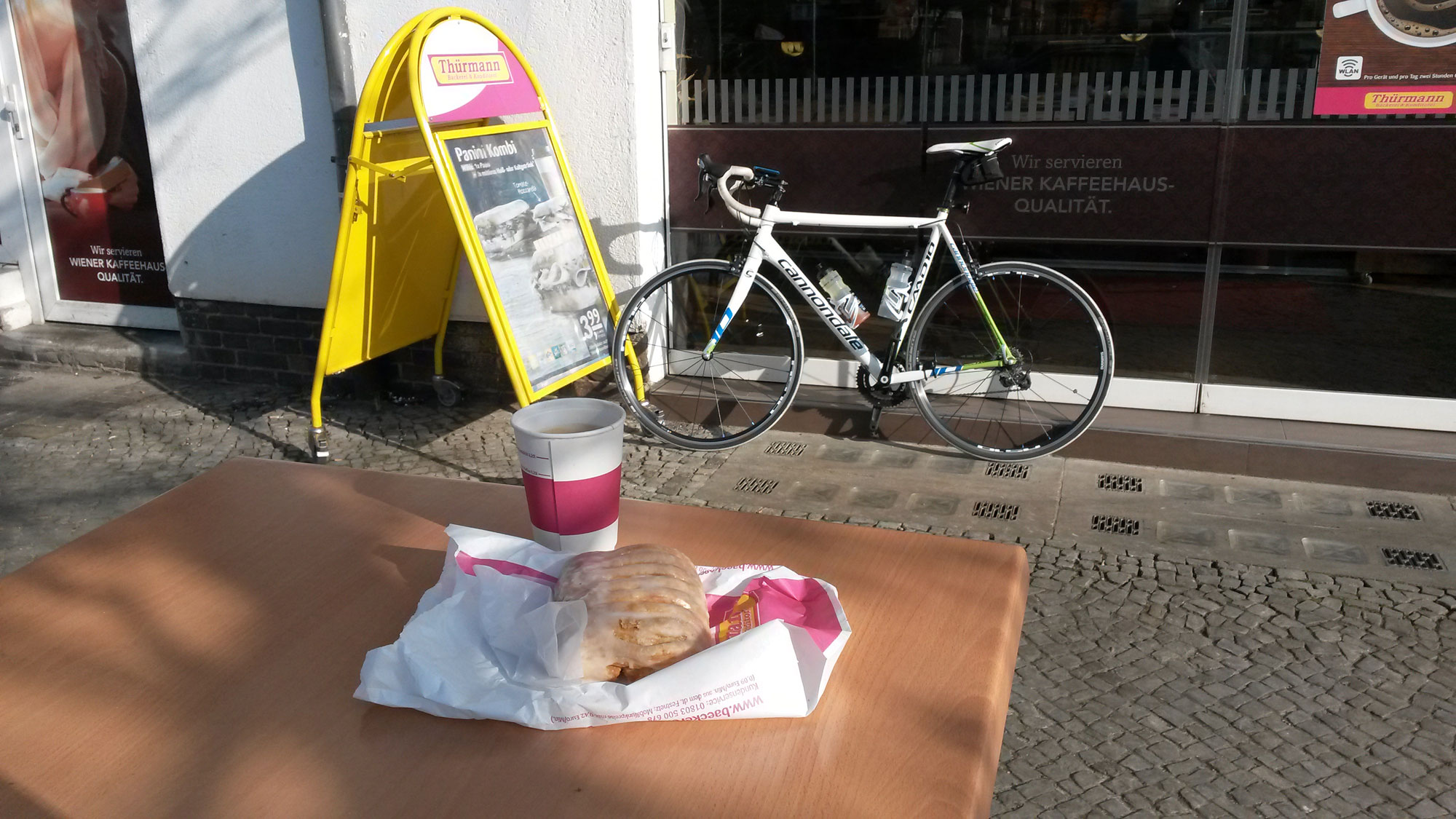 4: 19 February 2015 - enjoying a quarktasche and coffee before ending the ride to Großbeeren with 5 rounds on Tempelhof.