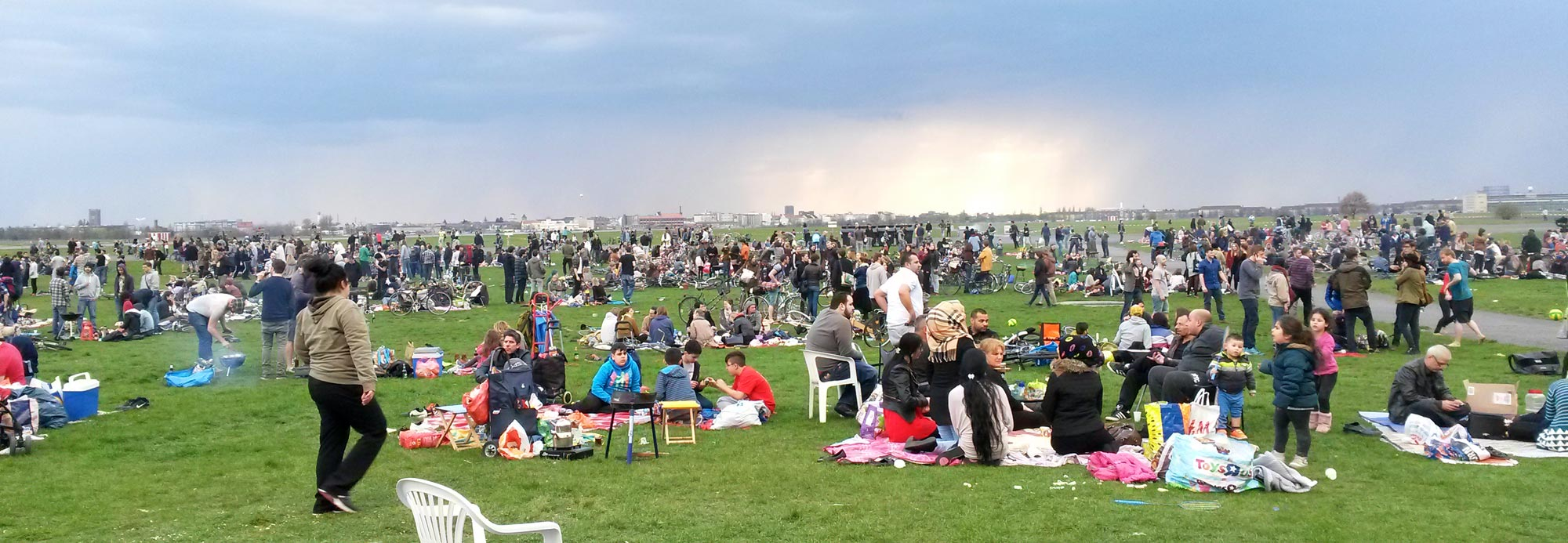 Grillen am Tempelhofer Feld