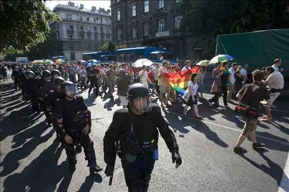 gaypride budapest Overweight teens may be able to battle their genetic tendencies with one ...